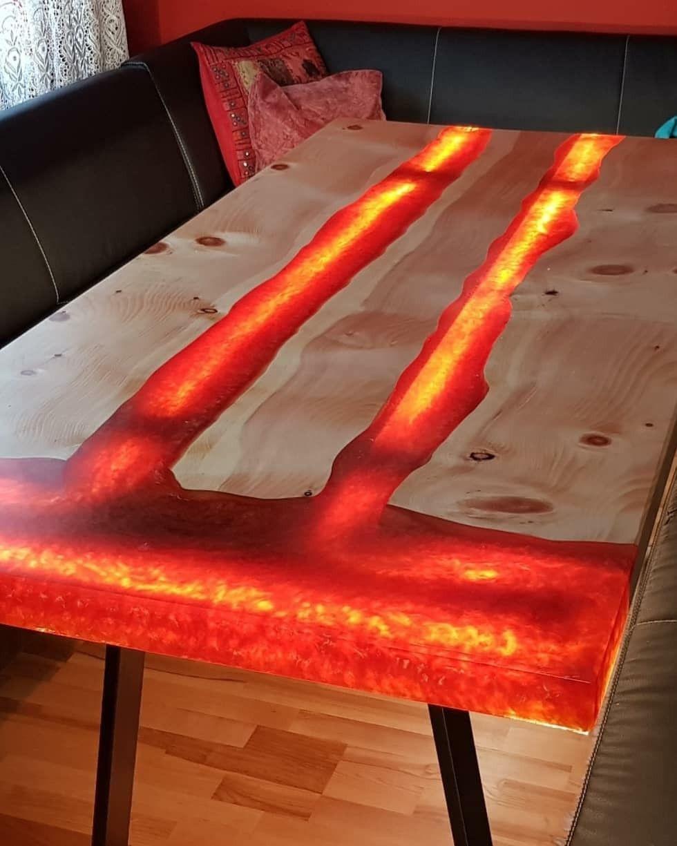 Stół-lawa-z-zywica